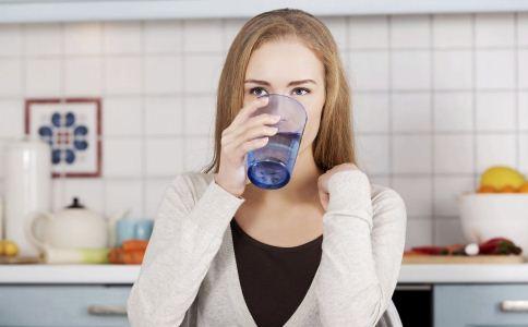 胃痛怎么办 胃痛如何缓解 缓解胃痛的方法